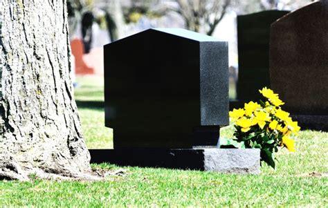 Beschriftung Grabstein by Grabsteine Vom Profi Anfertigen Lassen Renken