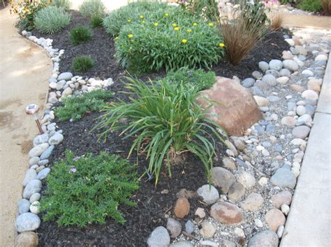 low maintenance front yard landscaping drought tolerant and low maintenance