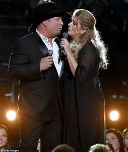 garth brooks and trisha yearwood perform sweet medley of country classics at cma awards daily