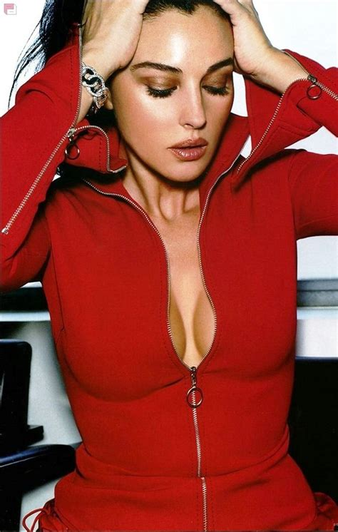 top 10 most beautiful italian actresses and models monica bellucci 8x10 photo picture pic hot sexy big boobs