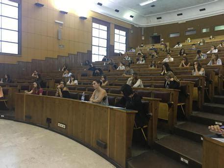 test ingresso economia sapienza universit 224 il tar ha sospeso il test di psicologia alla