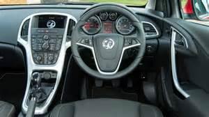 Vauxhall Astra Inside Vauxhall Astra Hatchback 2009 2015 Interior Dashboard