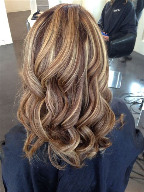 chocolate brown hair with gold highlights chocolate brown hair colors new hair color ideas 1000 ideas about brown highlights on highlights highlights and brown