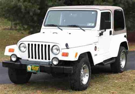 white jeep sahara 2 door buy used 2001 jeep wrangler sahara sport utility white 2