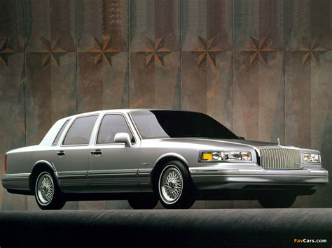 97 lincoln towncar lincoln town car 1994 97 images 1024x768