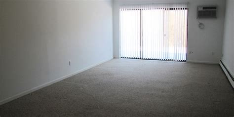 carpet cleaning 2 bedroom apartment country manor two bedroom apartments in pomfret ct