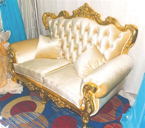 the love couch love couch belle weddings and eventsbelle weddings and