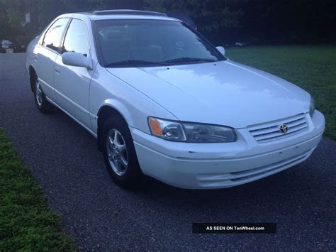 What Of Does A 1998 Toyota Camry Take Toyota Camry 4 Door Sedan V6 Auto Xle Natl Angular Front