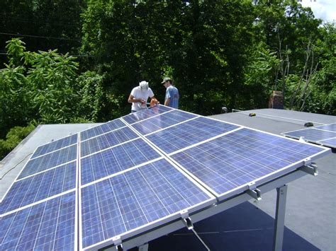 solar panels rooftop file rooftop photovoltaic array jpg wikimedia commons