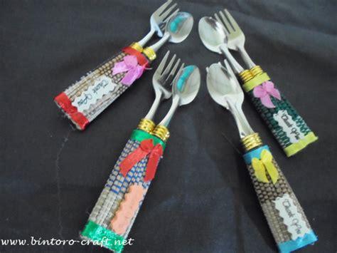 Souvenir Sendok Garpu Plastik souvenir sendok garpu tikar murah jogja undangan