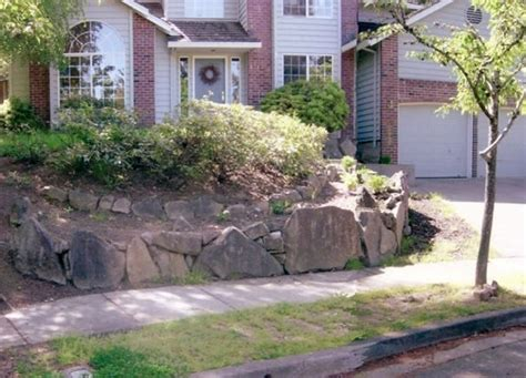sloped front yard landscaping sloped front yard landscaping pictures front yard