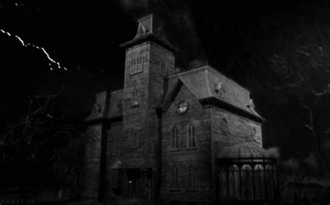 house animated gif haunted house gif find share on giphy