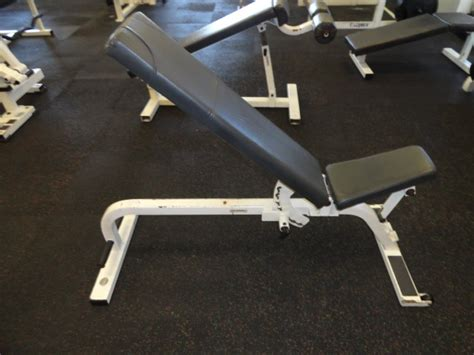 paramount weight bench midwest used fitness equipment paramount adjustable bench