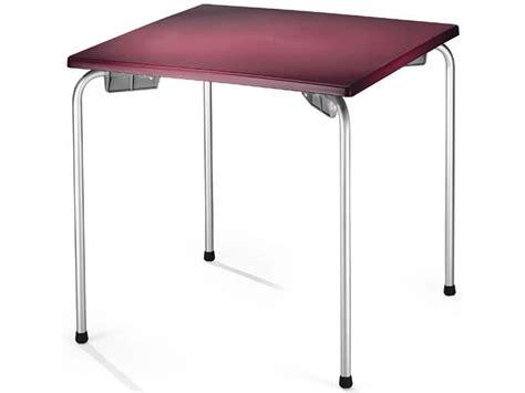 tavoli impilabili tavolino impilabile con piano quadrato per esterni