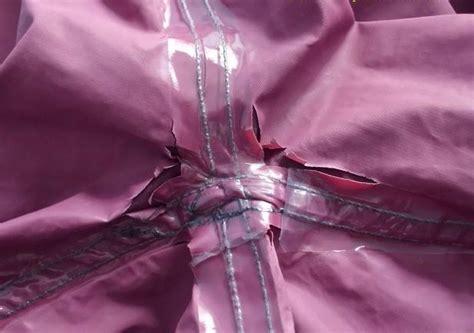 Mantel Hujan Plastik Tebal cara menjahit menambal mantel jas hujan yang robek carabuas
