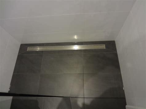 ablaufrinne dusche flach ablaufrinne dusche raum und m 246 beldesign inspiration
