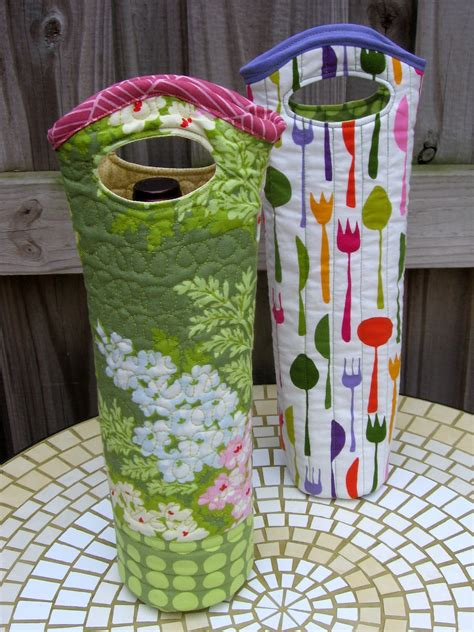 Quilted Wine Bag by Needle And Spatula Quilted Wine Tote Sewing Tutorial