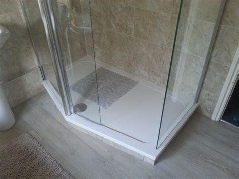 bathroom floor base plastic shower base cracked e2 80 93 bestsoft4u net loversiq