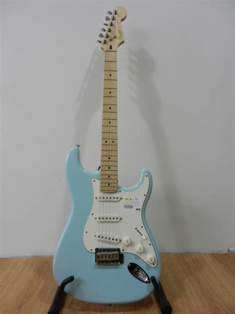 Home Design Pro Online by Squier Deluxe Stratocaster Image 623893 Audiofanzine