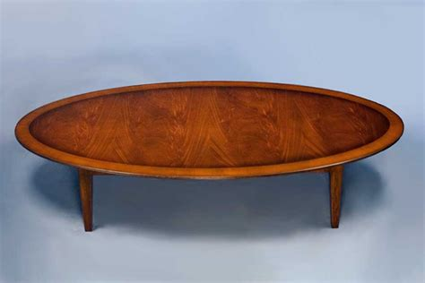 english antique style mahogany oval coffee table
