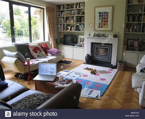 messy living room messy family living room www pixshark com images