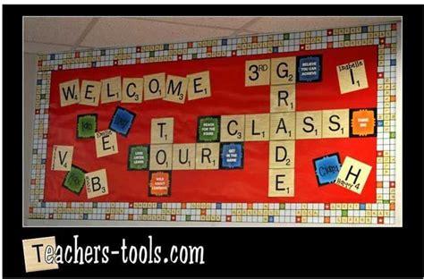 scrabble classroom theme back to school bulletin boards roommomspot