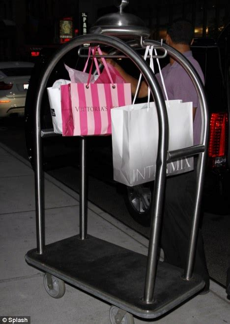 Secret Montana Shopping Bag Ct returns to hotel with s secret shopping bags daily mail