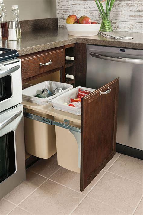 Cabinet Wastebasket by Base Wastebasket Cabinet Aristokraft Cabinetry