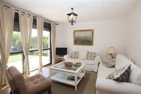 casa in affitto con giardino privato casa in affitto con giardino privato novillas saragozza