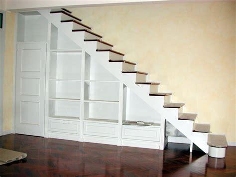 mobile per sottoscala scala e libreria sottoscala legno