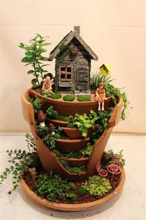 vasi da giardino fai da te un originale progetto fai da te trasforma vasi rotti in