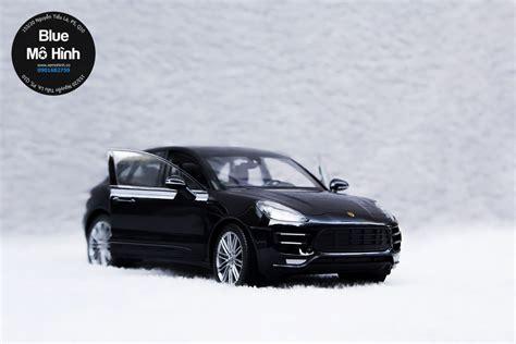 Xe Porsche Macan by Xe M 244 H 236 Nh Porsche Macan Turbo Welly 1 24 Blue M 244 H 236 Nh