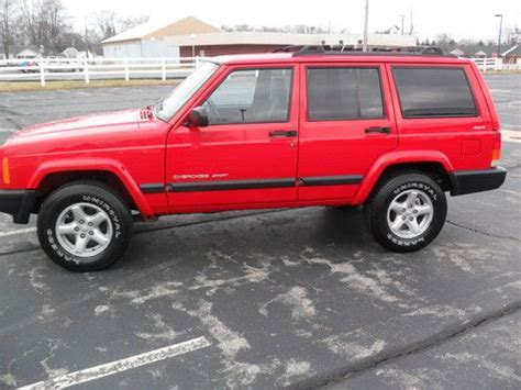 find used 2000 jeep cherokee sport 4x4 4 0 cherry red only 77 000 miles amazing find in