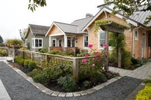 Backyard Privacy Without A Fence Entry Courtyard Farmhouse Landscape Seattle By
