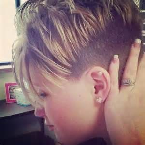 pixie haircut with a clipper undercut style pixie clipper cut tight short hair i love