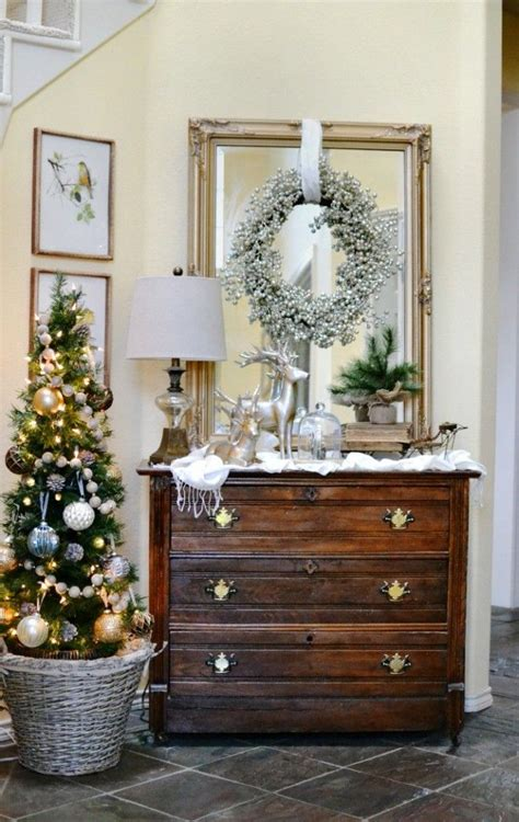Fall Decorations For Outside The Home best 25 christmas entryway ideas on pinterest christmas