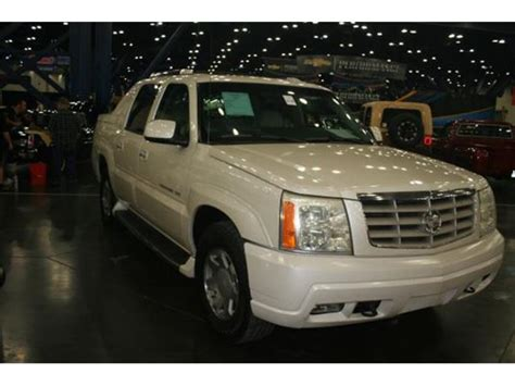 old car owners manuals 2002 cadillac escalade parking system classifieds for classic cadillac escalade 29 available