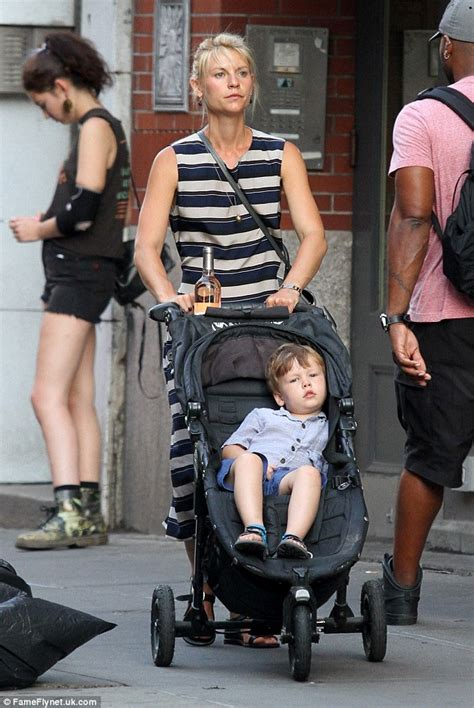 claire danes son claire danes strolls with her son in new york after being