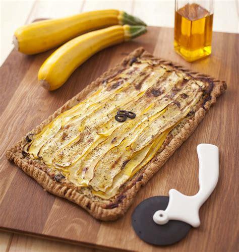 cuisiner courgette jaune tarte courgette jaune ch 232 vre moutarde les