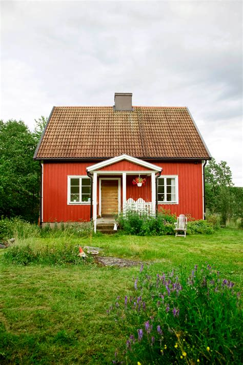 tiny farmhouse small summer cottage in sweden 79 ideas