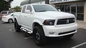 what size tires on a 2014 ram 1500 with a 2inch level
