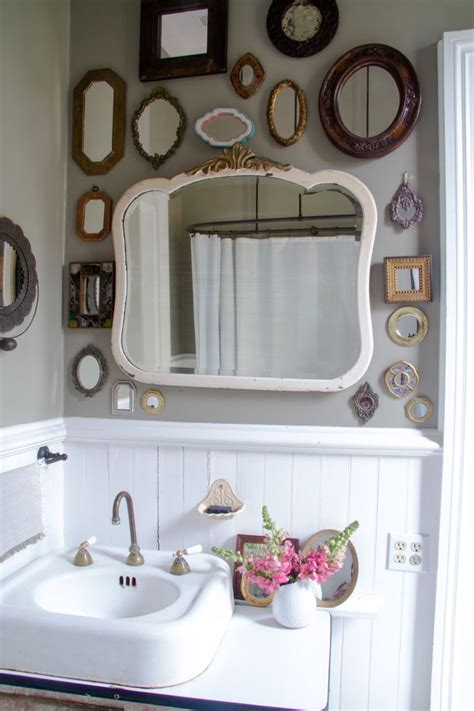 vintage bathroom decor ideas small bathroom vintage bathroom decorating ideas with
