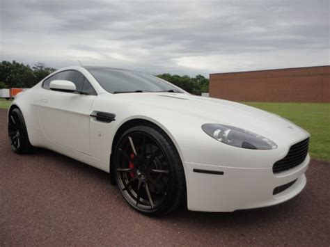 2008 roof paused in astin martin 277 aston martin for sale dupont registry