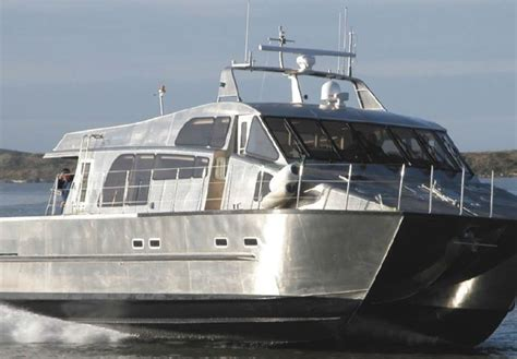 how does a catamaran ferry work what does a hydrofoil do on an outboard motor impremedia net