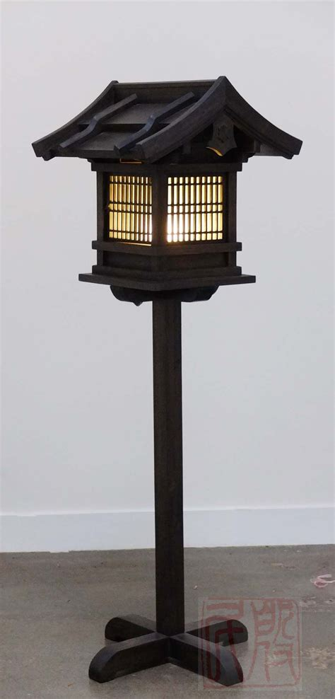 japanese style garden lights japanese wooden lantern outdoor wl2 things to wear