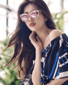 Look Who Missed Out by Damn Suzy Looks When She Wears Glasses Koreaboo