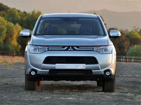 mitsubishi crossover 2014 2014 mitsubishi outlander sport es suv ratings prices
