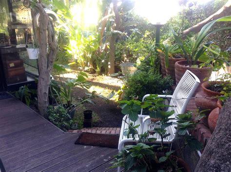 con giardino appartamento casa al mare con giardino italia aci