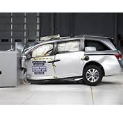 2014 Honda Odyssey Small Overlap IIHS Crash Test  YouTube