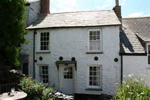 seaside cornish cottage auction country